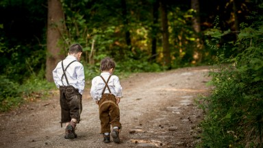 children, boys, woods, brothers, lederhosen