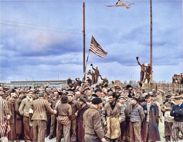 Color version of the liberation photo.