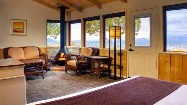 Aurora HDR 2019 dynamic range for resort & real estate photography