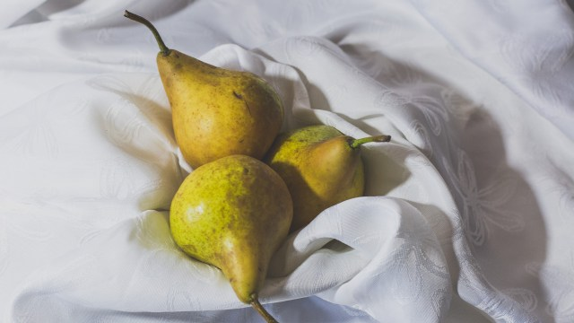 Finding the right background for your still life