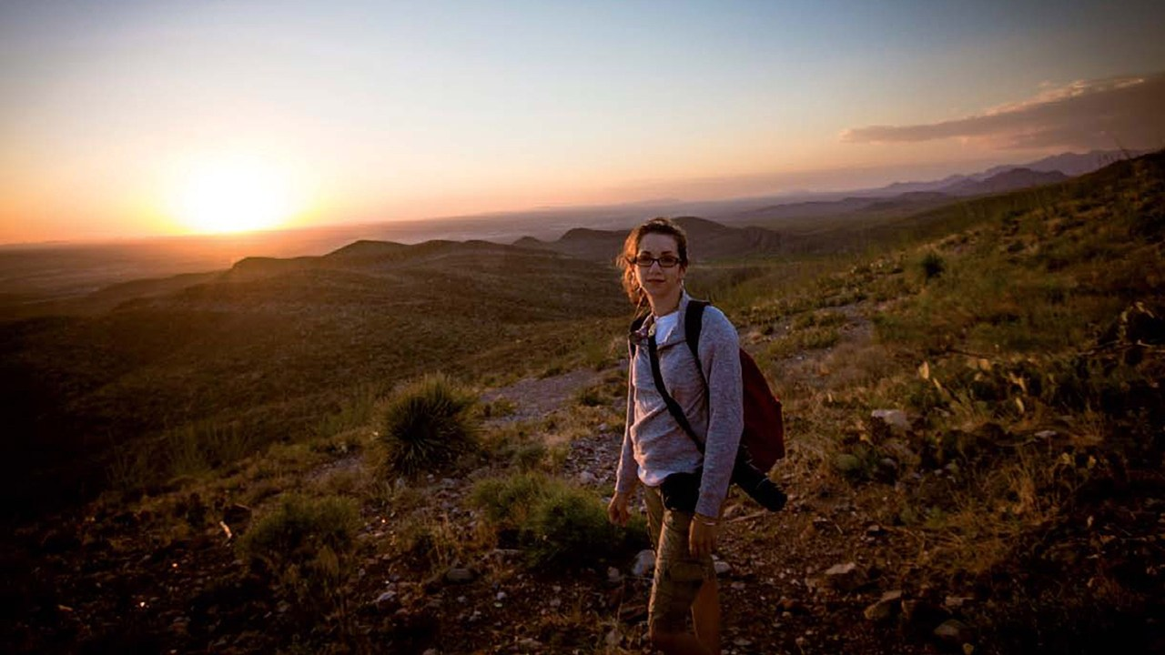 The Enthusiast's Guide to Travel Photography: Stay present & capture memories