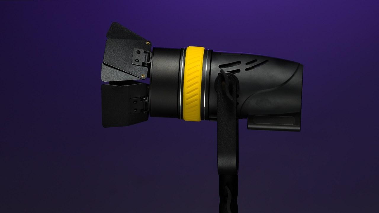 Torpedos ready! New focusing bi-color LED lights from Genaray