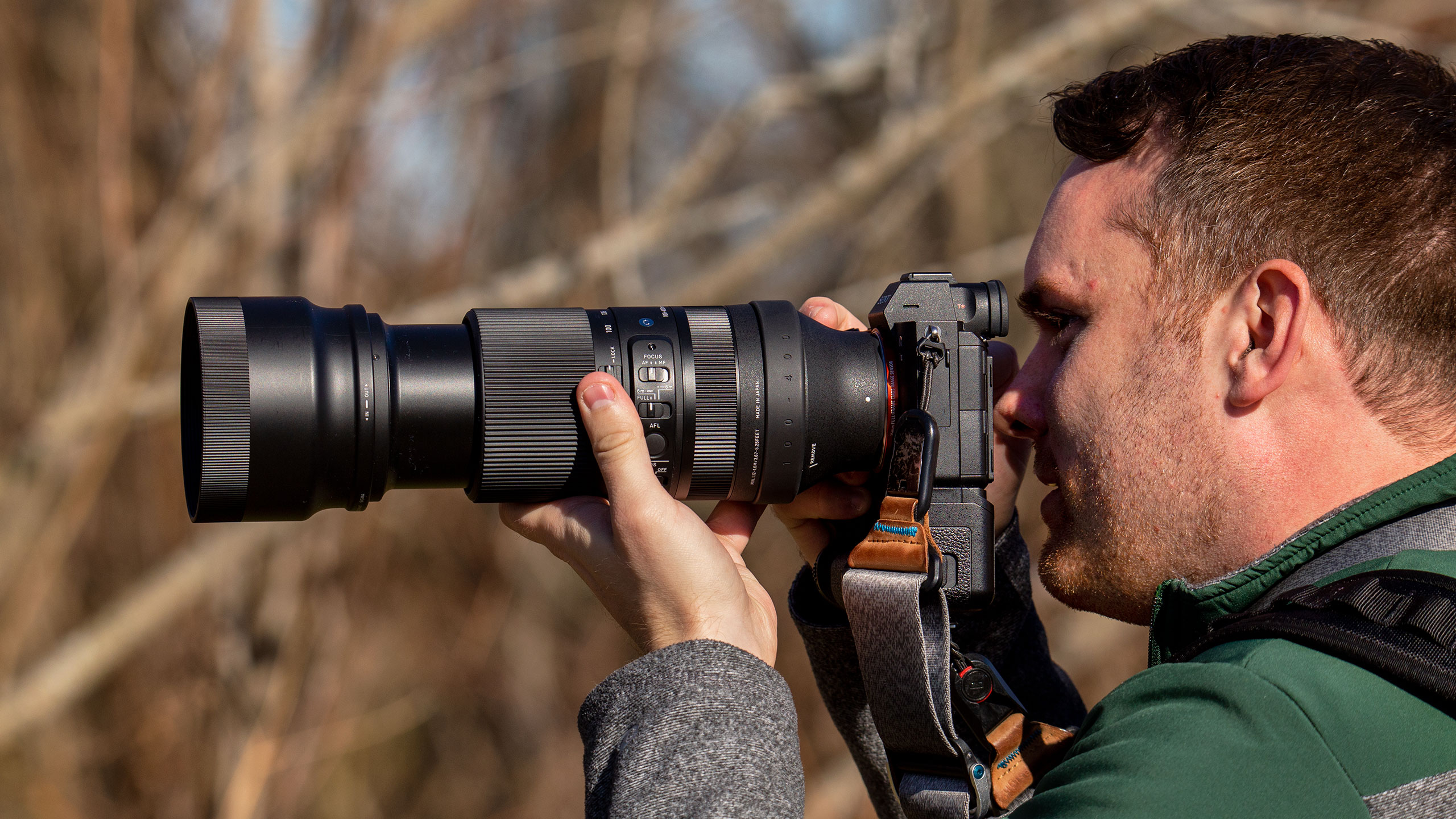 These super-telephoto zooms make birding easier than ever