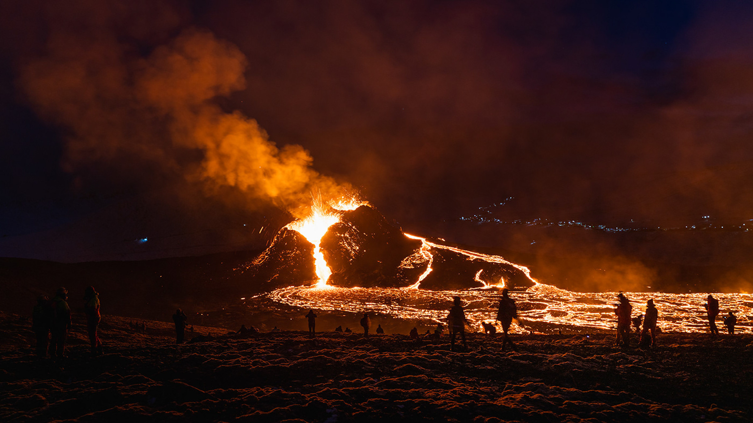 Stunning scenes from the Fagradalsfjall volcanic eruption