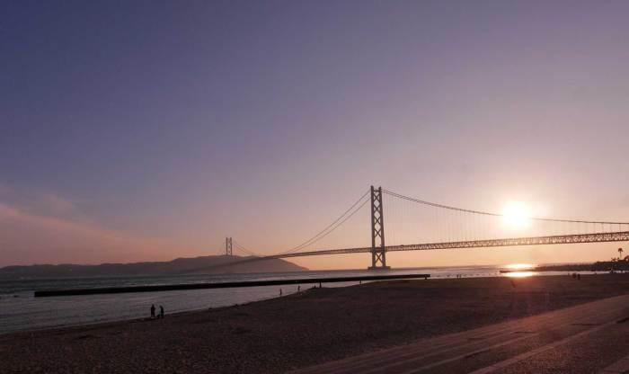 夕暮れの明石海峡大橋パノラマ