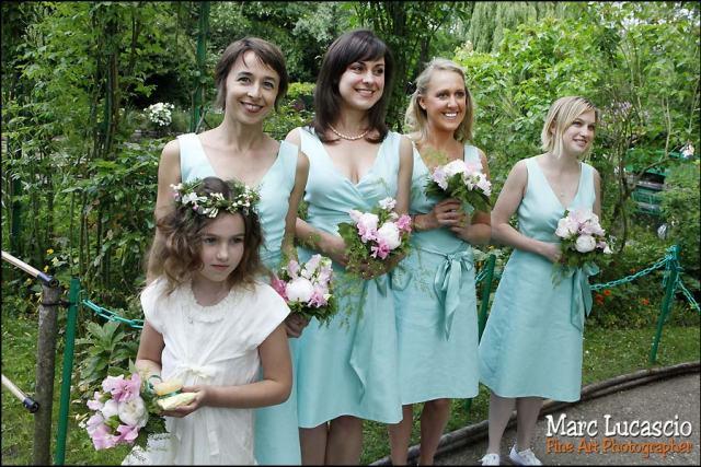 Les filles témoins du mariage à Giverny