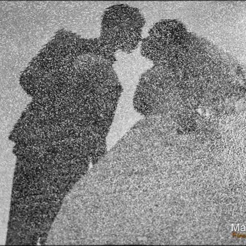Mariage à paris sous la pluie