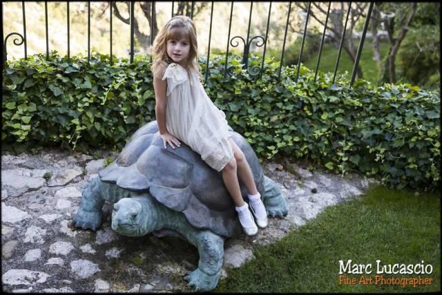 photo portrait sur la tortue enfant