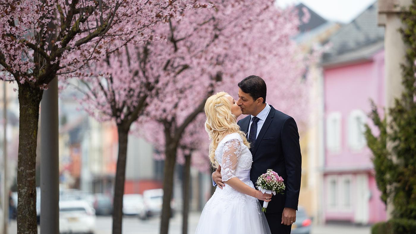 Luxembourg wedding photographer Vio Dudau