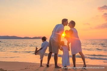 family-photoshoot-at-khao-lak-phang-nga-thailand-020