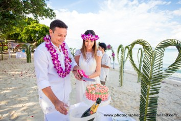wedding-photo-session-at-phi-phi-island-krabi-thailand-269