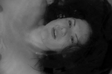 Photographers of Las Vegas - Concept Photography - underwater drowning