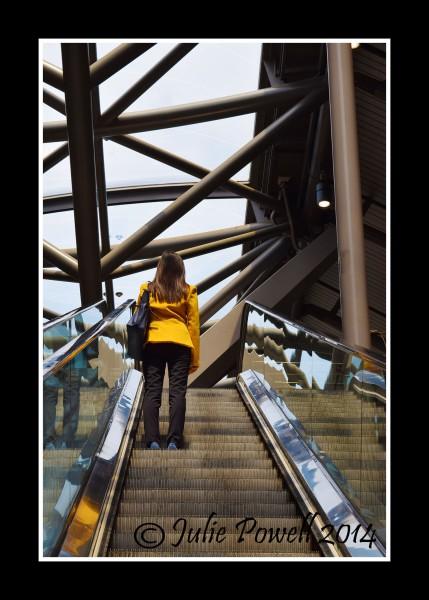 Yellow Jacket, Southern Cross Station