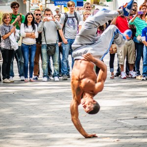 NYC Street Performer Photo - Dayton Photographer Alex Sablan