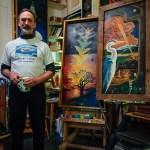 Chris Glaser in his Studio by Dayton Photographer  Alex Sablan