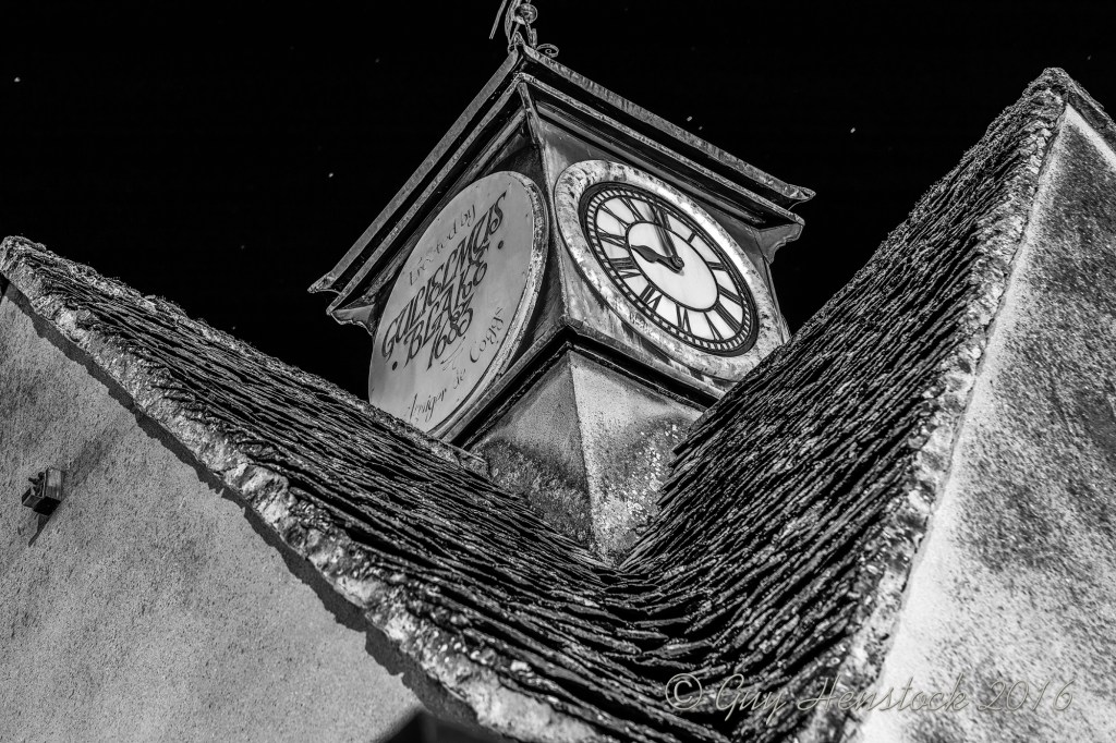 The Buttercross Witney taken at Night