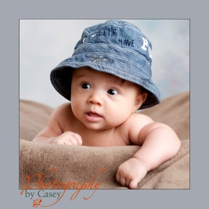 baby in hat photographer