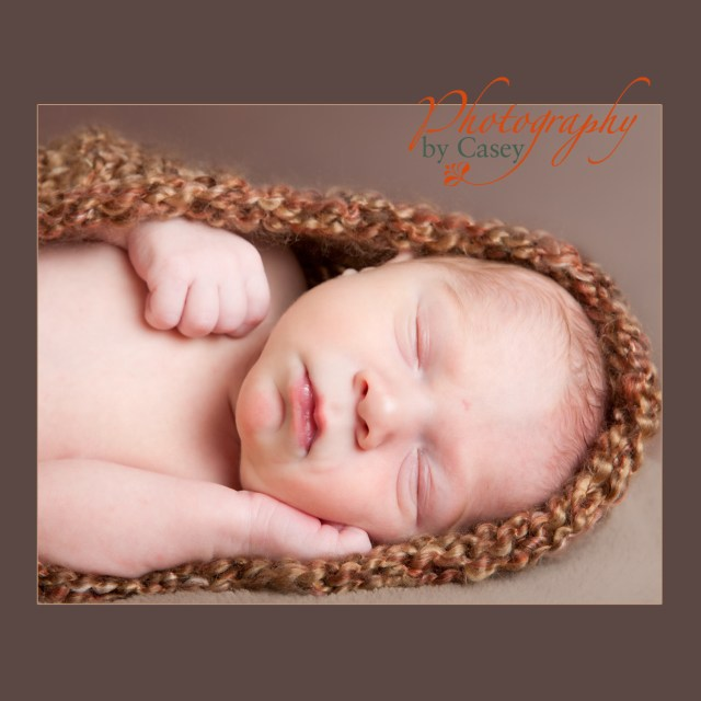 sleeping newborn baby photography
