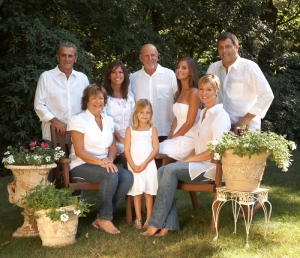Suggestions for clothing for family portrait