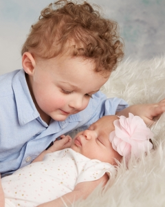 Newborn and sibling photography Wrentham MA