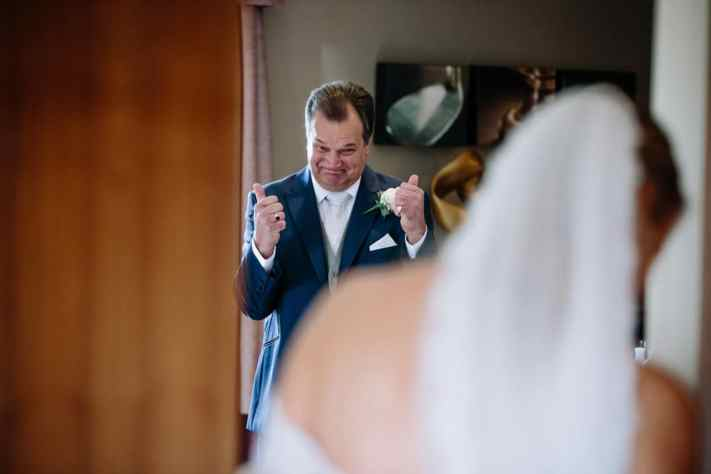 Father of the bride sees his daughter for the first time