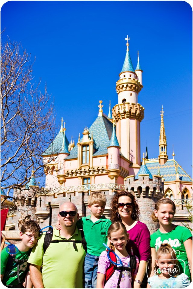 disneyland-family-vacation-photographer-40