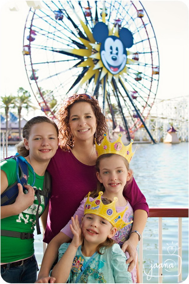 disneyland-family-vacation-photographer-46