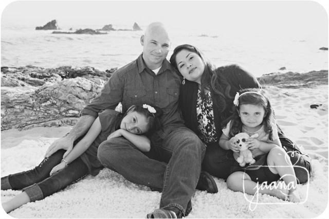 corona del mar family vacation photographer, orange county beach vacation photographer, little corona family photographer