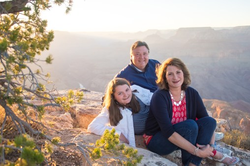 10.6.17 Family Portraits Grand Canyon South Rim High res Terri Attridge-63