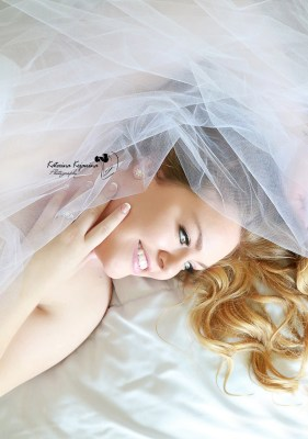 Boudoir Photography session in Palm Coast, Jacksonville, Orlando. Female photorgapher