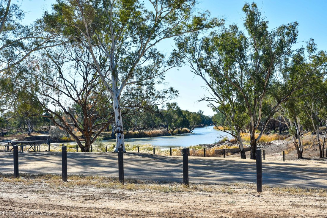 Brewarrina park fishtrap (1 of 1)