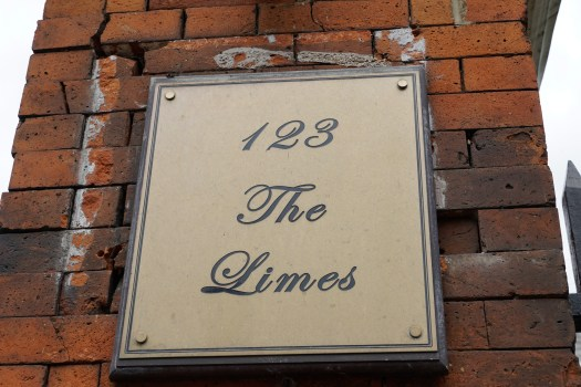 123 The Limes (1 of 1)