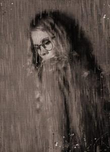 Девушка в однозначной позе