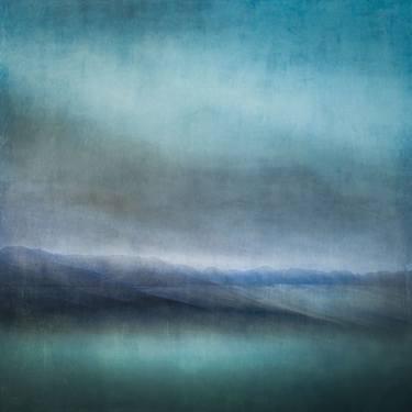 Линн Дуглас. Шотландское море, глубина цвета и романтика морской дали