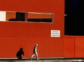Adele Caracausi 010, nr 2 - muro rosso - Garibaldi - aprile 2015