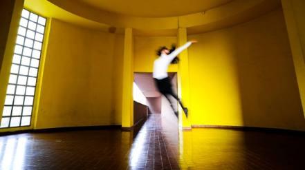 Carlo Dulla 006, frames dal video con Silvia Alfei