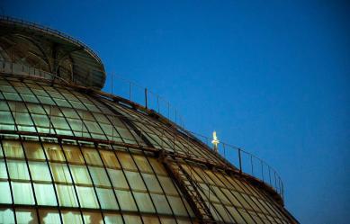 Cesare Augello 017, Passeggiando sui tetti della Galleria