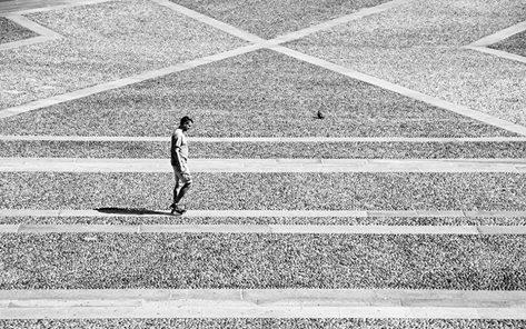 Giancarla Pancera 001, Piazza Duomo, Silenzio