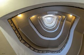 Luigi Alloni 004, Staircase Project in Milan, from the bottom to the top