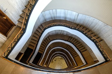 Luigi Alloni 005, Staircase Project in Milan, from the top to the bottom