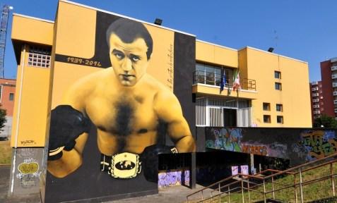 sandro lopopolo pugile nato e cresciuto a quarto oggiaro campione del mondo nel 1960 e argento olimpico a roma nel 1966 un simbolo di rivincita