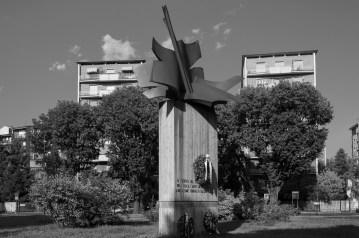 carlo ramuos ai caduti dellisola piazza miani dsc 5767 2