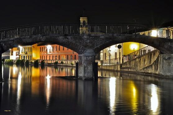 14 gaggiano bridge in the night
