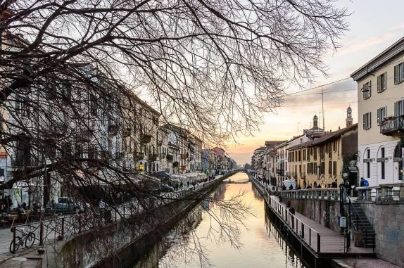 Michele De Fusco 001, tramonto invernale sul Naviglio Grande