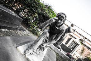 desperate 3 series statues