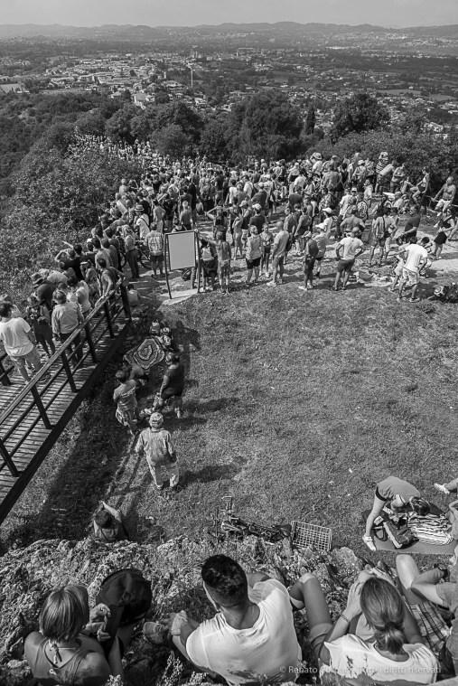 """This shot is a quote of a famous Henri Cartier Bresson's picture: """"Dimanche sur les bords de la Marne"""" (1938). Manerba, Lago di Garda, August 2016. Nikon D810, 20 mm (20.0 mm ƒ/1.8) 1/1600 ƒ/8 ISO 800"""