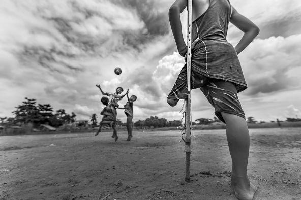 Zarni Myo Win, I want to play, 2018, Myanmar © Zarni Myo Win