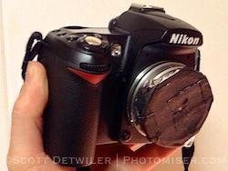 Pinhole lens on a DSLR