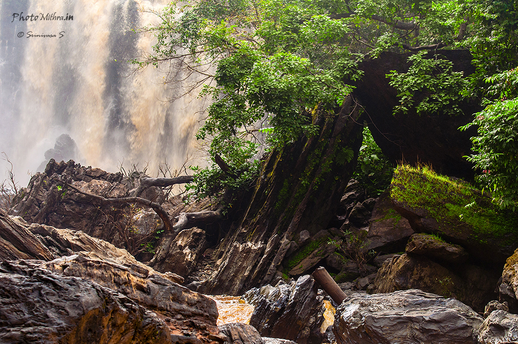 Sathodi Falls - another face