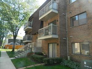 Mount Prospect Il 60056 Apartment Unit For 611 W Central Road Photo 1